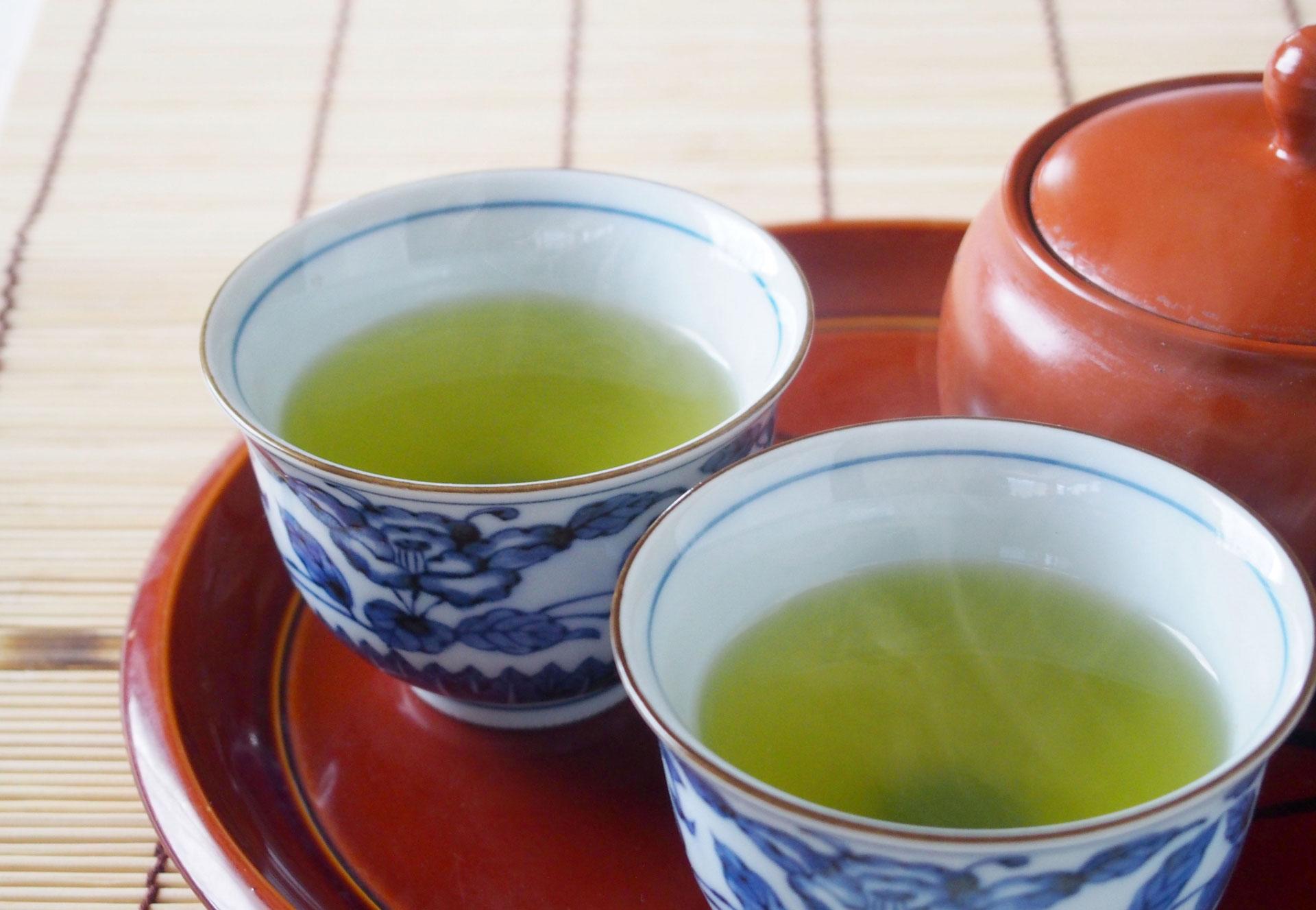 苦しい便秘から卒業したい!便秘を解消する9種類のお茶の秘密を徹底解説。玄米茶