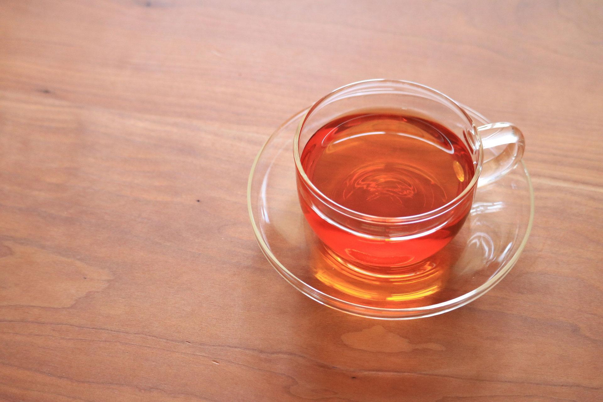 苦しい便秘から卒業したい!便秘を解消する9種類のお茶の秘密を徹底解説。ルイボスティー