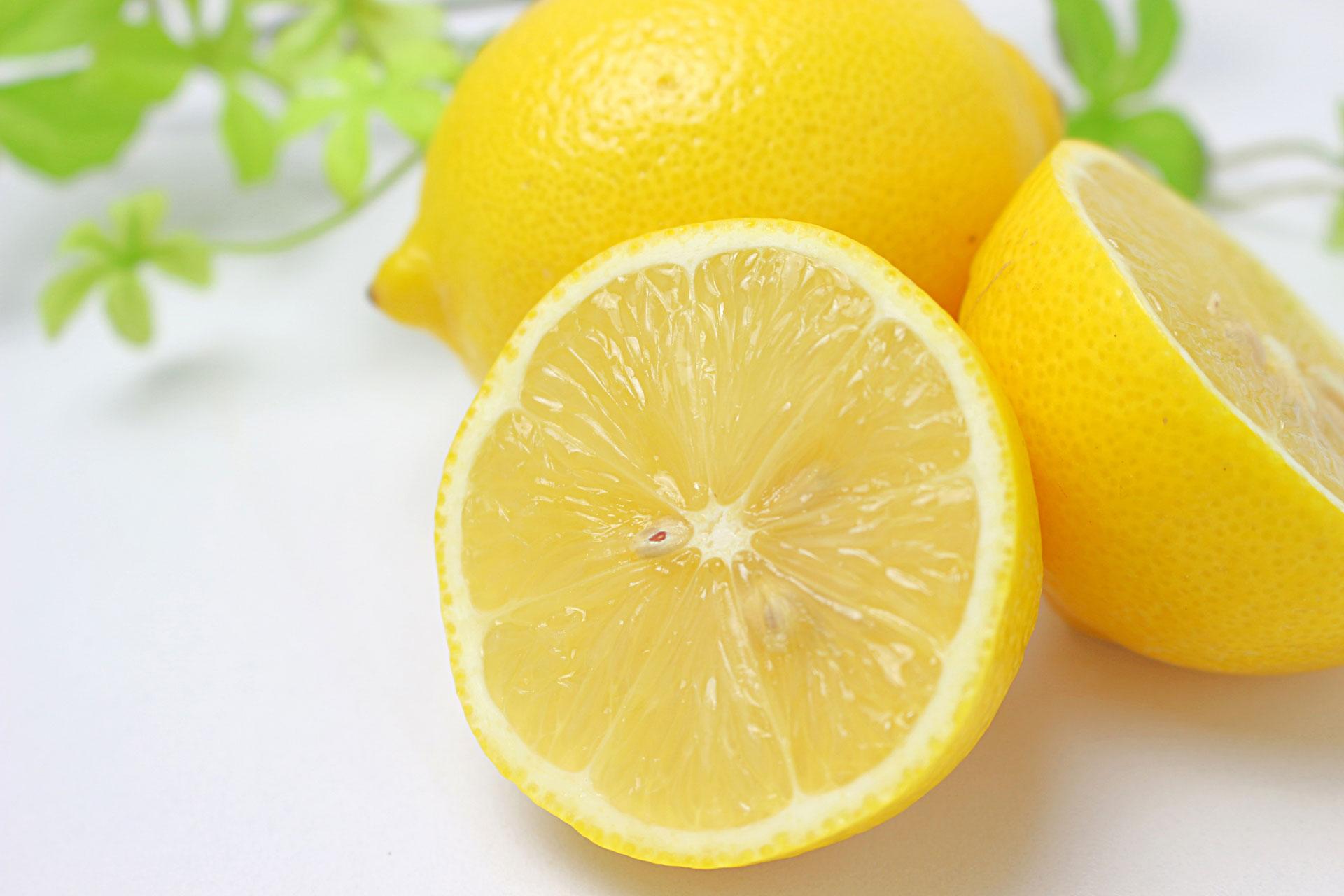 これを飲めば便秘解消⁉ 便秘を解消する飲み物について徹底解説!レモン白湯